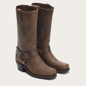 Frye Company Classic Harness 12R Boots